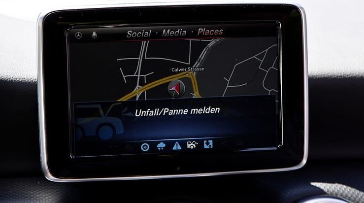 Car to X Communication : la route sans problème - Mercedes me Connect - Etoile 83